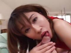 Kinky Remi Matsukawa gives awesome handjob!