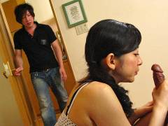 Her Man Stands Up For Great BJ Session